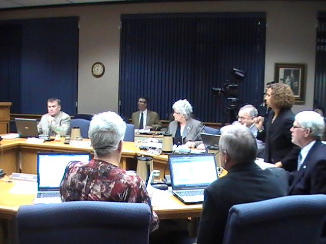 Cornwall City Council – Truck Bans, Arts Council, Swine Flu, Spirit of the City, Medical Scholarship – Cornwall Ontario – October 26, 2009