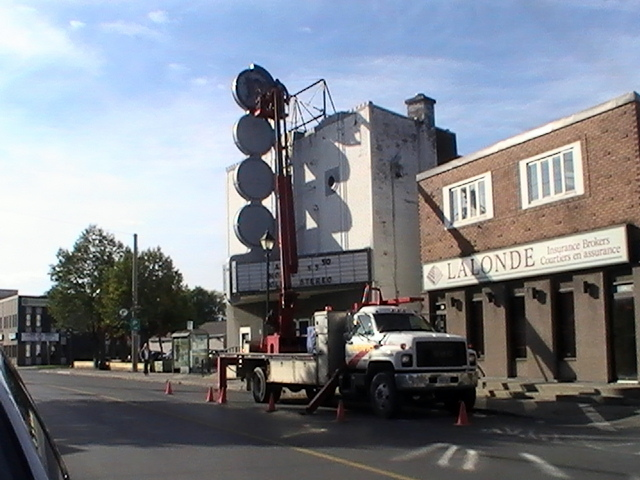 Some Repairs to Port Theatre Sign – Cornwall Ontario