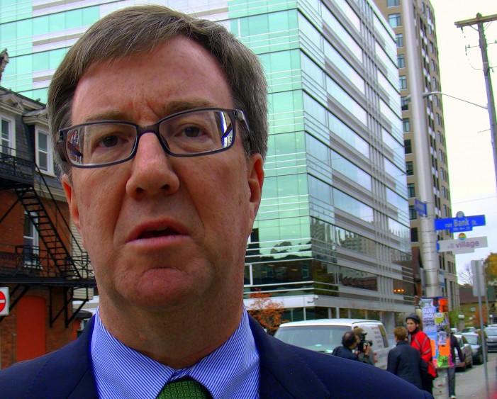 "Ottawa Mayor Jim Watson helps Unveil new ""Le Village"" signs –  HD VIDEO – November 8, 2011"
