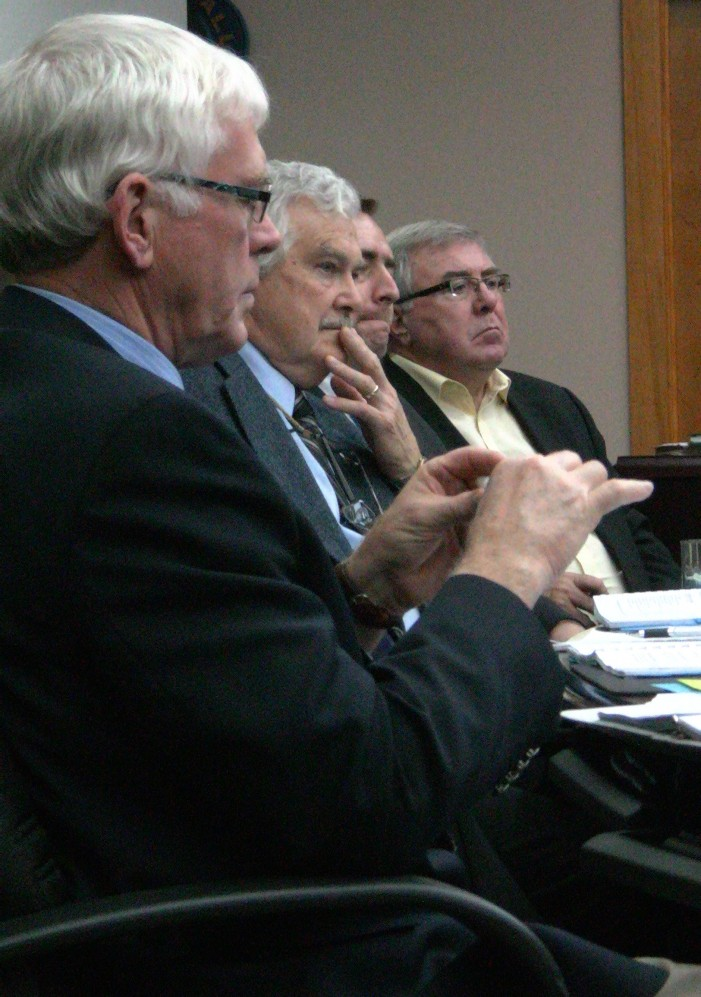 Cornwall Ontario City Council Defers Vote on Anonymous Comments Ban For Media Sites they Advertise on – November 15, 2011