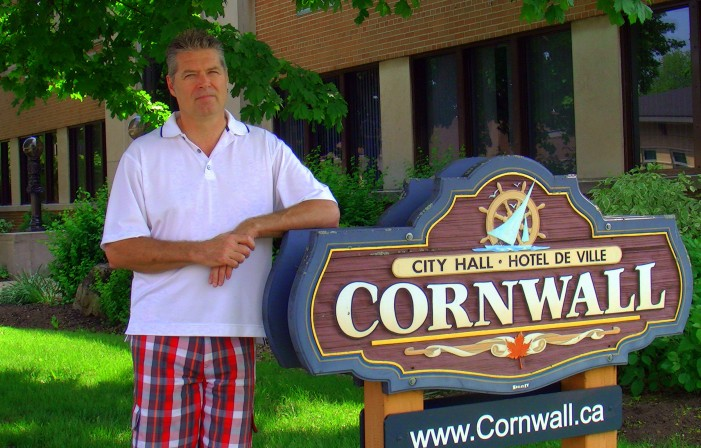 Former Cornwall Ontario HR Manager Robert Menagh SPEAKS from under the bus – HD VIDEO – May 28, 2012