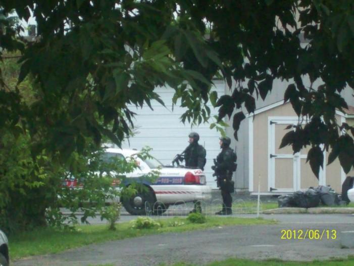 BREAKING – Bedford Street Man Barricaded in Cornwall Ontario – June 13, 2012 UPDATE 9:26 AM