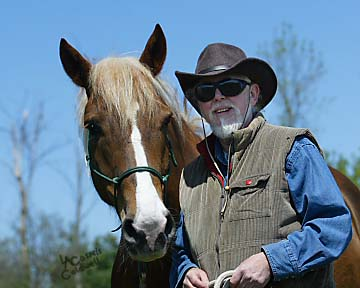 """Spirits in Unity Second Column and introduction by Garry """"Horsetalker"""" Meek"""