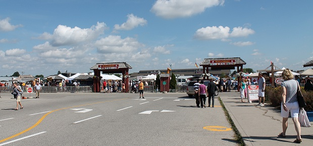 Saturday Farmers Market Report from St. Jacobs by Reg Coffey, July 22, 2012