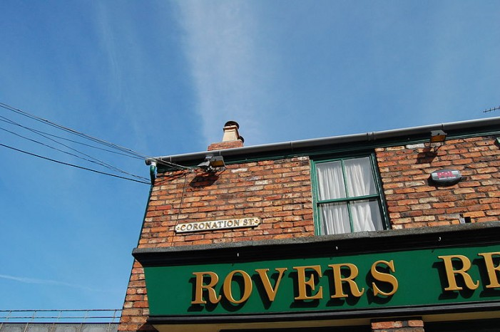 Coronation Street (Corrie) Canada Round Up – Coke Kylie & Toe Rags – Sunday August 26, 2012