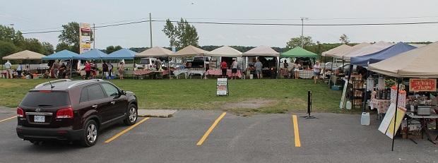 Full House at Long Sault Farmer's Market by Reg Coffey – September 9, 2012