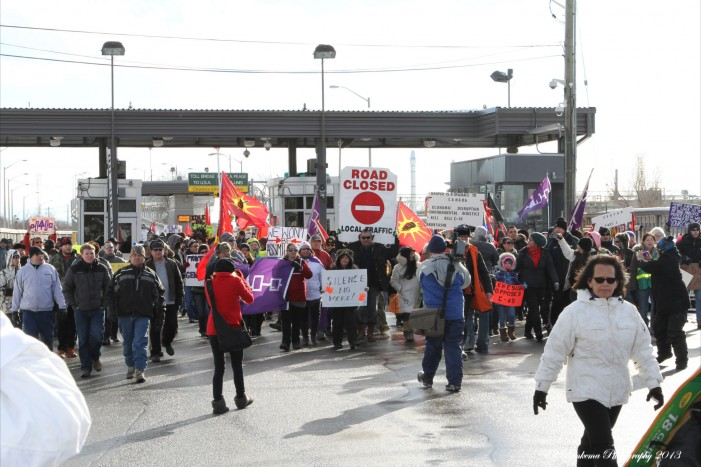 Over 1,000 Protest Idle No More From Akwesasne Over the Seaway International Bridge in Cornwall Ontario – January 5, 2013