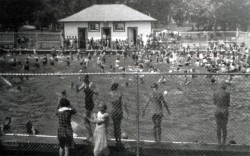 Central Park Pool (later Horovitz Park)