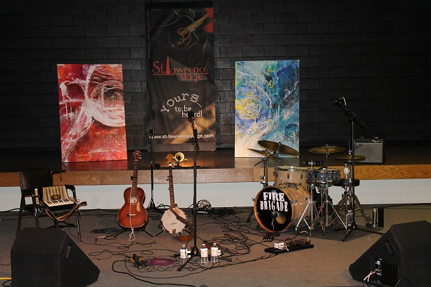 St. Lawrence Acoustic Stage in Morrisburg Ontario Receives Federal Grant by Reg Coffey – April 27, 2013