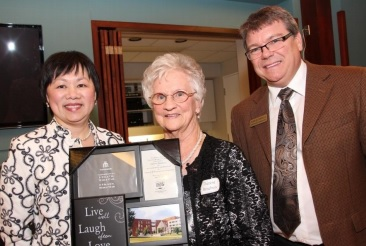 Glen Stor Dun Lodge Honours Thérèse Brisebois as Volunteer of the Year in Cornwall Ontario