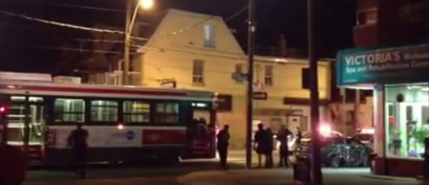 Toronto Police Fire 9 Times and Kill 19 Year Old Knife Wielding Male On Street Car – SIU –  VIDEO