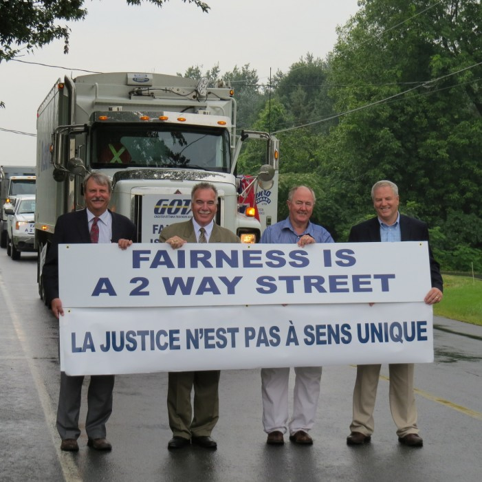 SD&G PC MPP Jim McDonell  Rally at Ontario Quebec Border in Support of Bill 80 Fairness Is a Two Way Street