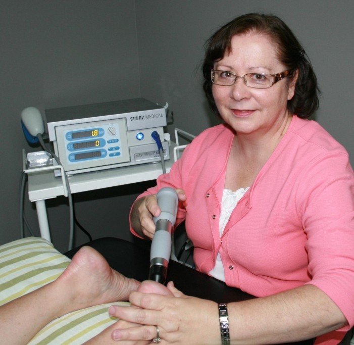 SHOCKWAVE THERAPY ARRIVES AT CORNWALL REGIONAL PHYSIOTHERAPY 613 935 7018