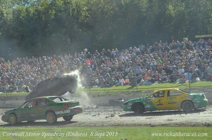More than 280 cars for the Fireball Enduro on Sunday at Cornwall Motor Speedway!   by Martin Bélanger