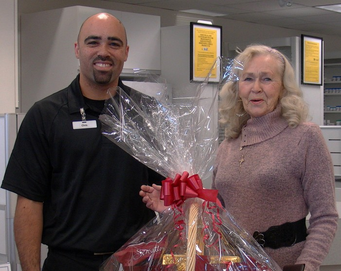 CFN Subscriber Patricia Walsh Wins Basket Draw From New Freshco Store in Cornwall Ontario!