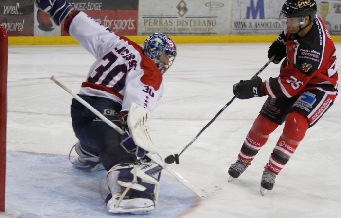 Goalie Loic Lacasse Wins LNAH First Star of the Week – Did you buy your River Kings tickets yet?