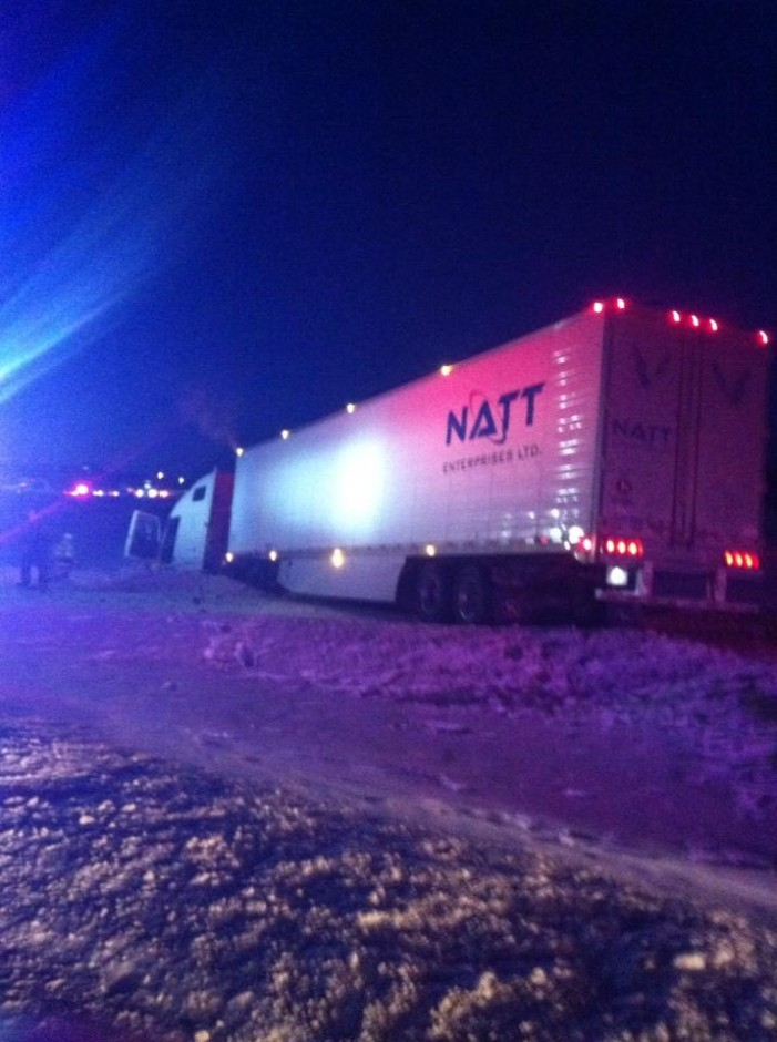 Westbound Tractor Trailer Flies Off Road at Brookdale West Exit of Cornwall Ontario – Jan 21, 2014  6:05 PM