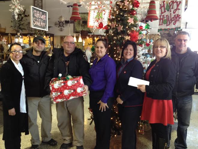 Ingleside & Long Sault Business Owners Association Collect Donations – Jan 10, 2014