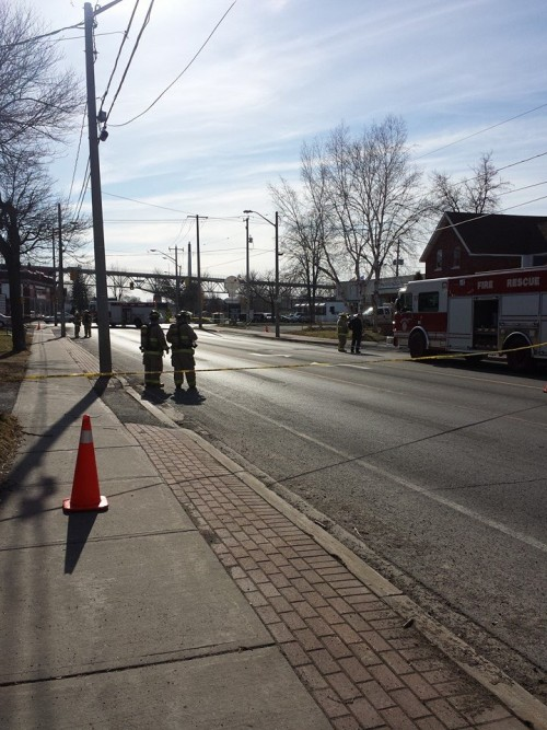 Possible Gas Leak 2nd W & Cumberland  in Cornwall Ontario – April 17, 2014