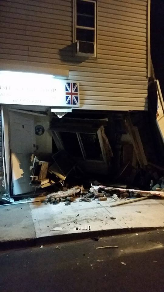 Ye Old Fish n Chips Shoppe Nailed by Vehicle Collision in Cornwall Ontario – Sept 27, 2014