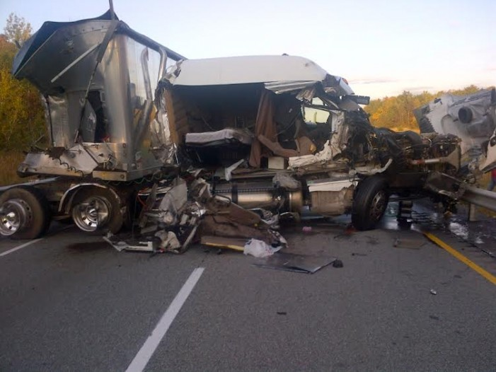 Pics From Collision that Shut Down Highway 401 Near Cornwall Ontario – Oct 8, 2014