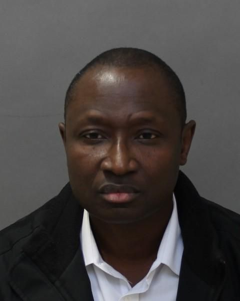 52 Year Old Toronto Dr Charged With Sexual Assault on 26 Year Old Patient – Oct 24, 2014  #TPS