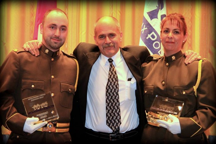 SQ Officers Honored at 16th Quebec Police Awards After Saving Wounded Canoeist Forced To Eat His Dog by Fred Serre – NOV 21, 2014