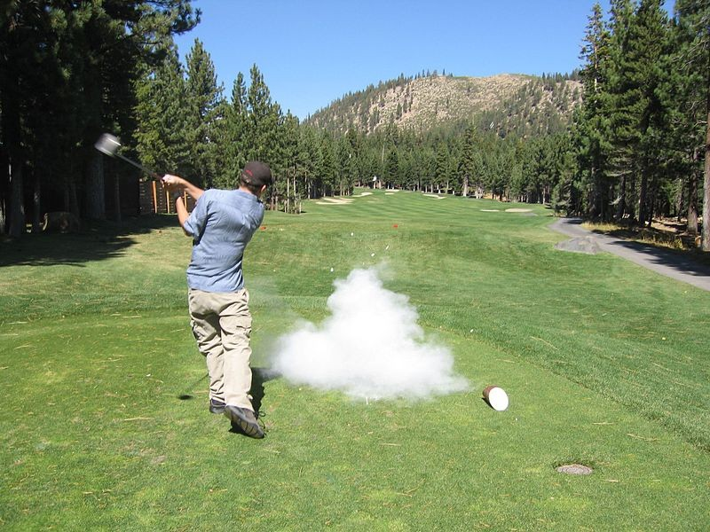 800px-Exploding_golf_ball