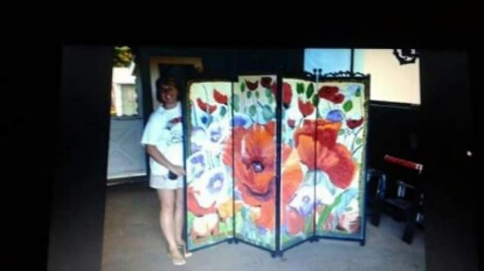 Poppy Painting Theft in Merrickville #OPP Sept 12, 2016