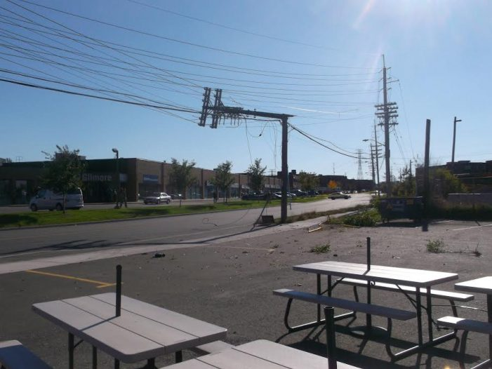 Van VS Hydro Pole in Ottawa Leads to Power Outage by Roy Berger OCT 13, 2016