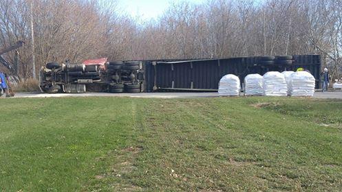 Tractor Trailer Rolls in Moose Creek Ontario NOV 9, 2016
