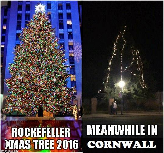 Chez FM Ottawa Meme of Cornwall Xmas Tree Draws Local Ire by Jamie Gilcig DEC 7, 2016