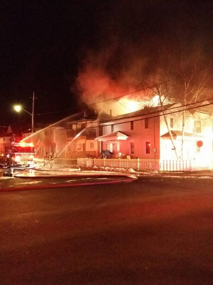 Cornwall Ontario Lennox Street Fire in Pictures DEC 12, 2016