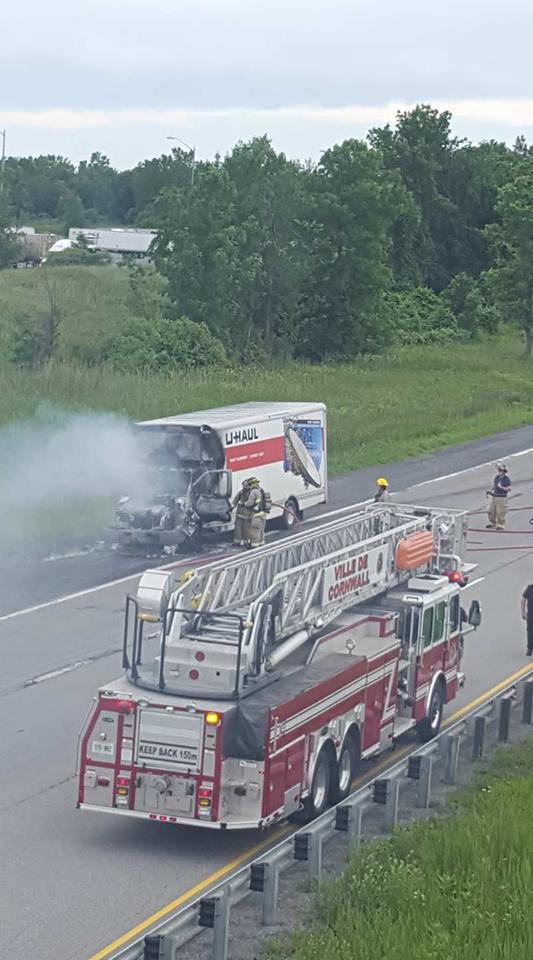 BREAKING – Uhaul Flames Out on 401 E @Boundary Road Cornwall Exit JUNE 19, 2017