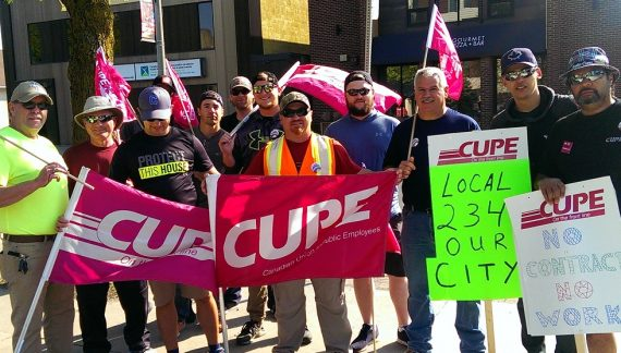 Cornwall Ontario Mayor Leslie O'Shaughnessy Finally Kinda Sorta Speaks Out on CUPE Strike – 060718