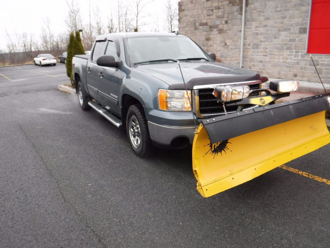 FITZGERALD MOTORS Car of the Week 2011 GMC Sierra 1500 with Plow!  CLICK