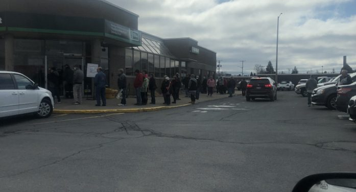 People Not Public Distancing  in Front of Banks on Cheque Day in Cornwall Ontario #coronavirus 032720