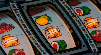 Types Of Slot Machine Games and Their History